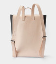 Cueroandmor_Backpack_Model 1-3 clomes