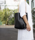 W14 Photolook Tote Black 2
